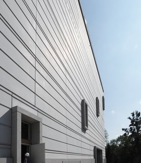 Located in Weimar, Germany—the birthplace of Bauhaus—the newly opened Bauhaus Museum Weimar celebrates the centennial and investigates the development of the school and movement. The 13,000-piece collection includes Marianne Brandt's famous teapot, Marcel Breuer's slatted chair, and other treasures.
