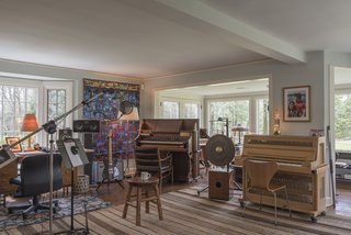 The Grammy Award-winner recorded many of his hit records here in this six-bedroom estate.