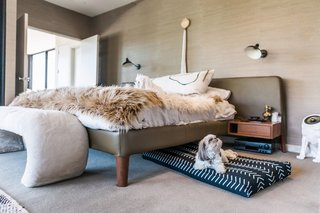 Laylo's knit dog bed covers are breathable and comfortable.