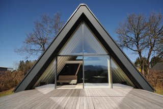 This Striking Black A-Frame Generates More Energy Than it Uses