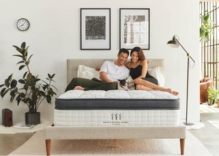 The Oceano mattress is one of the only luxury hybrid beds that makes such use of healthy, non-toxic materials.
