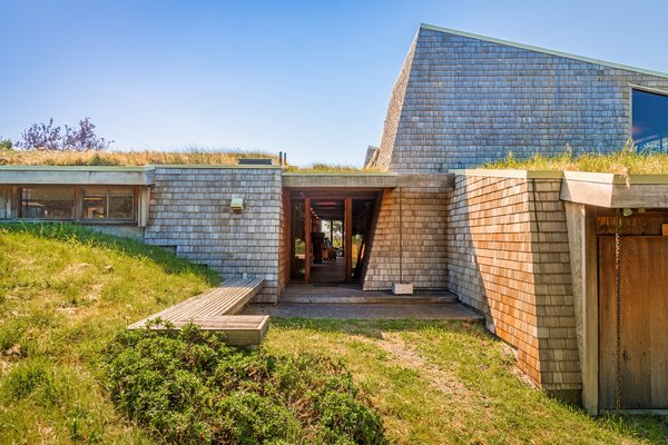 A Sea Ranch Stunner With a Green Roof Asks $1.3M