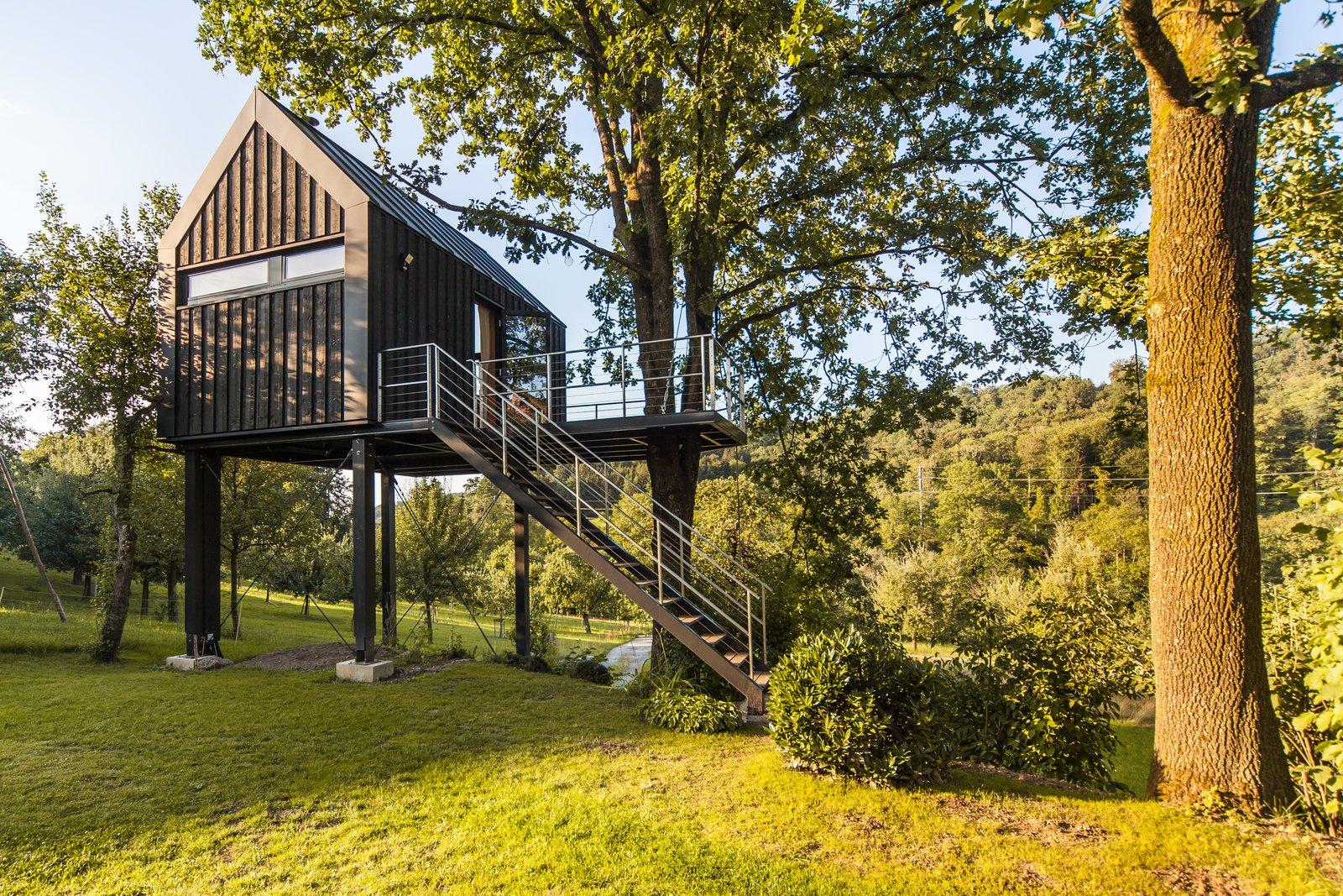 Baumhaus Halden tree house prefab