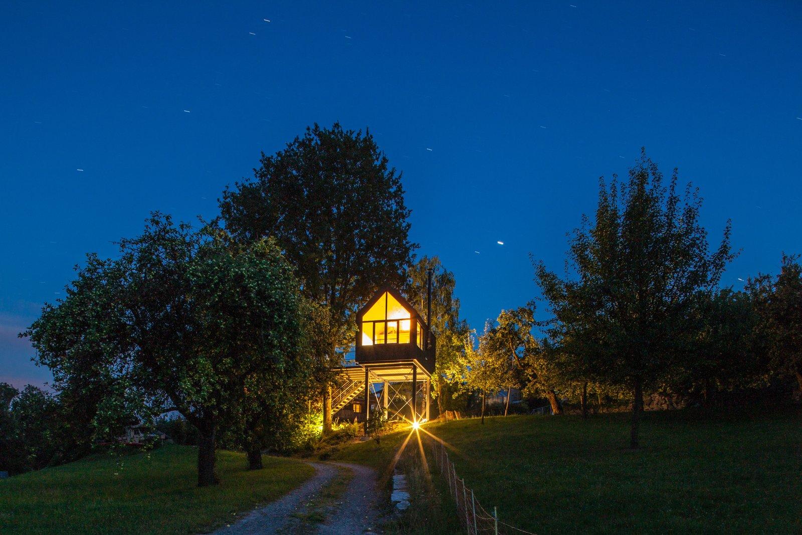 Baumhaus tree house prefab