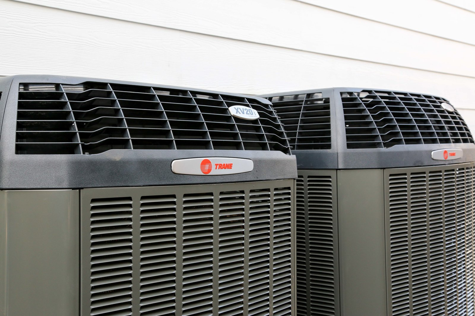 Trane's XV20i TruComfort™ Variable Speed air conditioner provides the ultimate in climate control and maximum efficiency. With 750 stages of comfort, it conserves energy while maintaining a perfectly cooled home all summer long.  Photo 4 of 6 in 4 Ways to Keep Your Home Cool and Save Energy This Summer