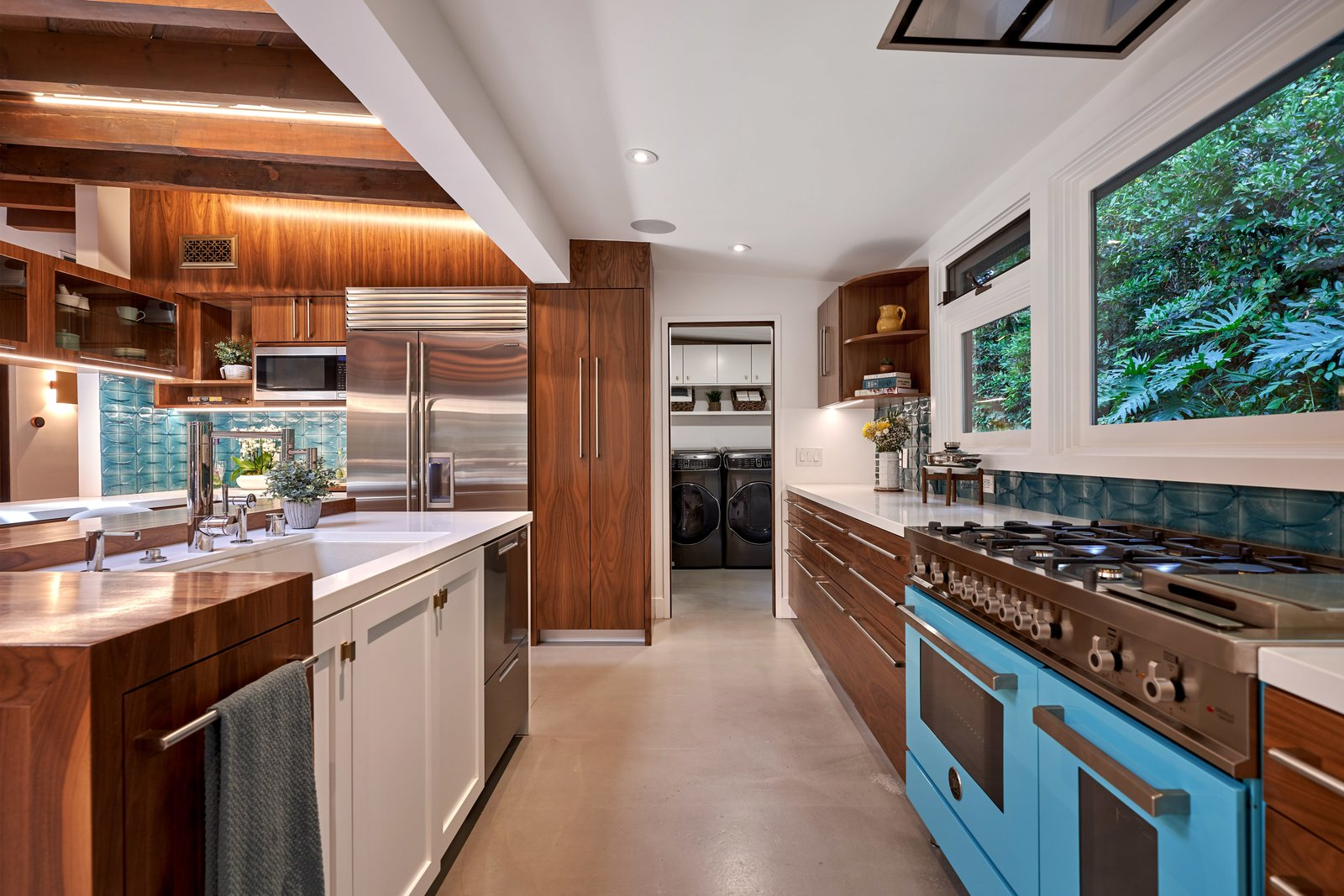 Millard Kaufman Residence kitchen