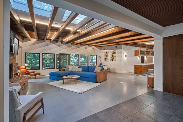 Originally built in 1949 by Richard Neutra, Alexander Ban, and Josef Van Der Kar, the Millard Kaufman Residence is located in the Hollywood Hills of Los Angeles, California.