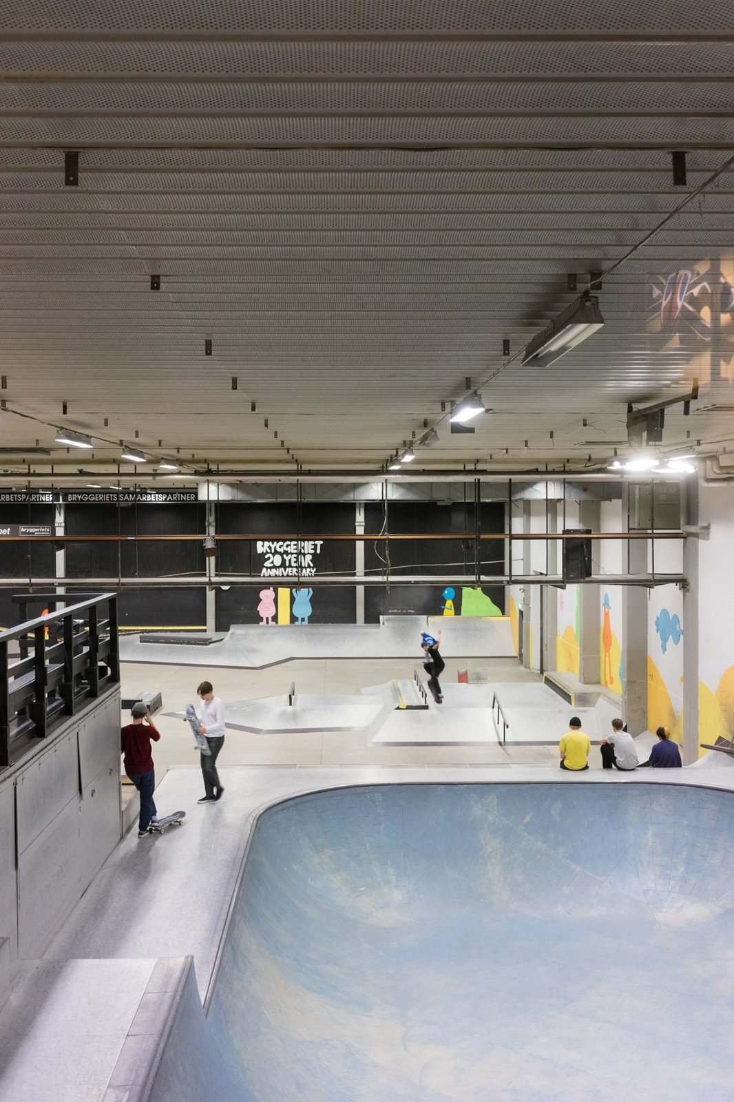 Built in 1998, Bryggeriets skate park is located at the heart of the school. It gives students instant access to a landmark facility where they can practice skateboarding.