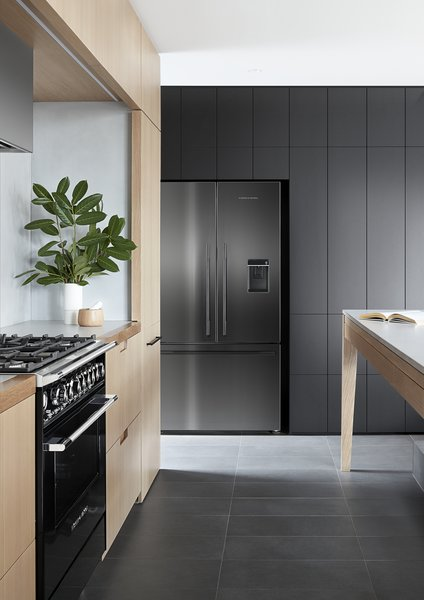 A brand new line of black appliances from Fisher & Paykel provides even more style choices.