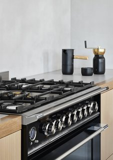 """&nbsp;""""The 36"""" Dual Fuel Range from Fisher &amp; Paykel tied in perfectly with the period<br> features of the home while still being completely practical for the space,"""" comments Josie Sommerville, design coordinator and project lead at Whiting Architects.&nbsp;"""