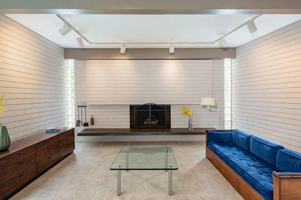 Best 41 Modern Living Room Wood Burning Fireplace Track