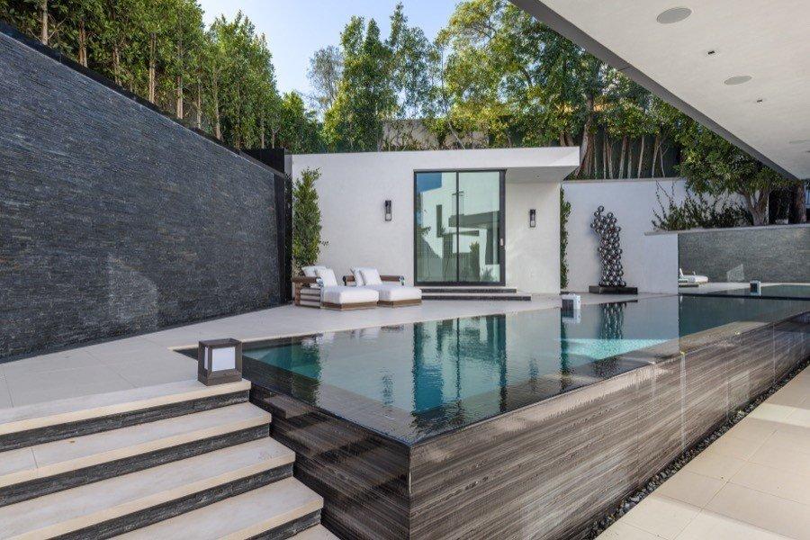 Bette Davis Beverly Hills Home pool