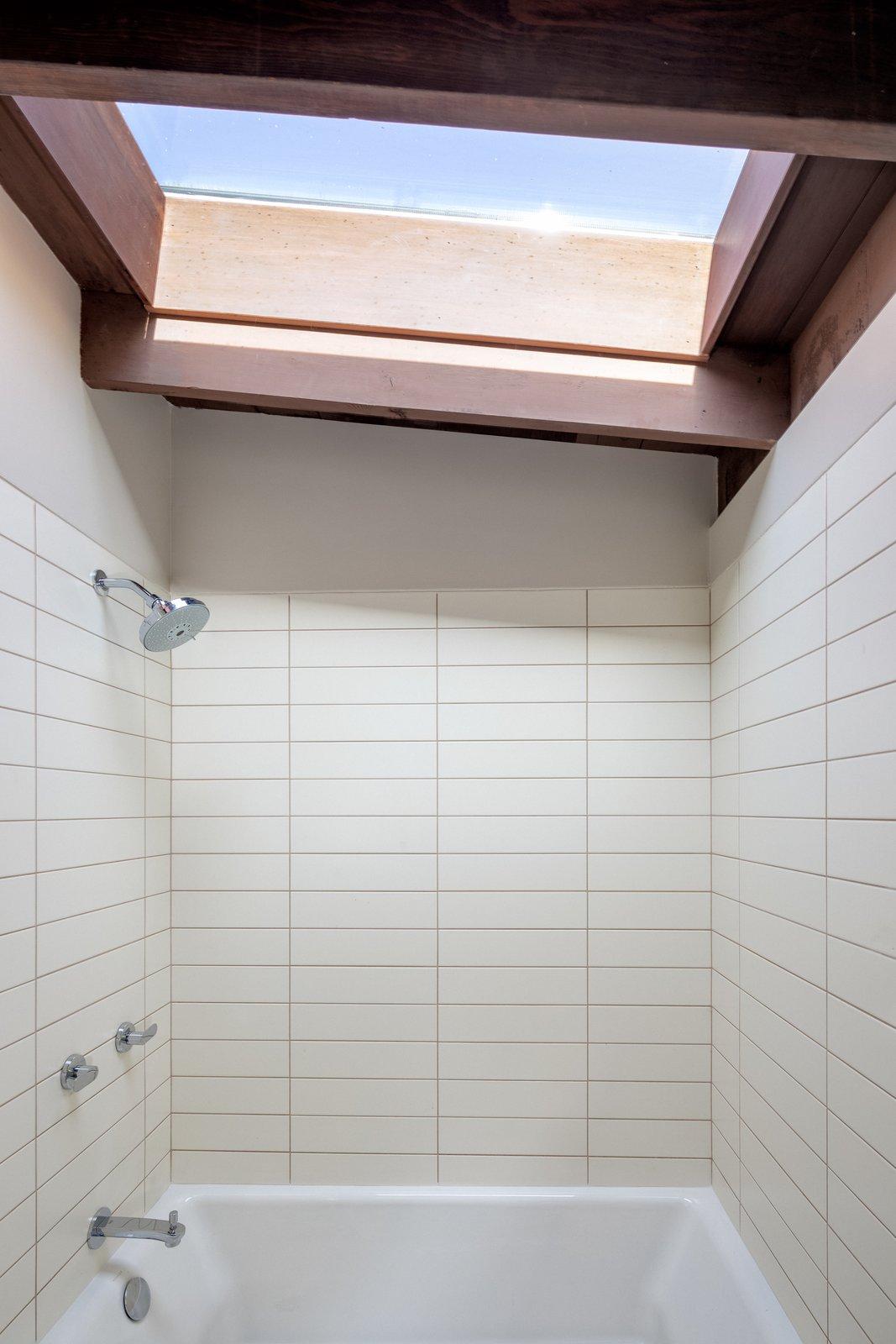 Foster House bathroom