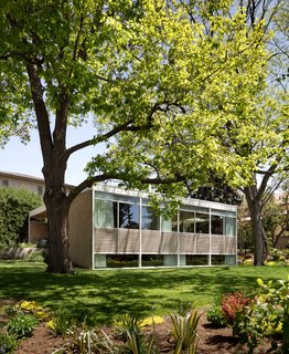 Considered the finest residential example of International Style architecture in Denver, the 1951 Joshel House was in serious disrepair when Dominick Sekich and Scott Van Vleet bought it in 2013. They embarked on a major renovation to re-create the vision of the original designers, Joseph and Louise Marlow.
