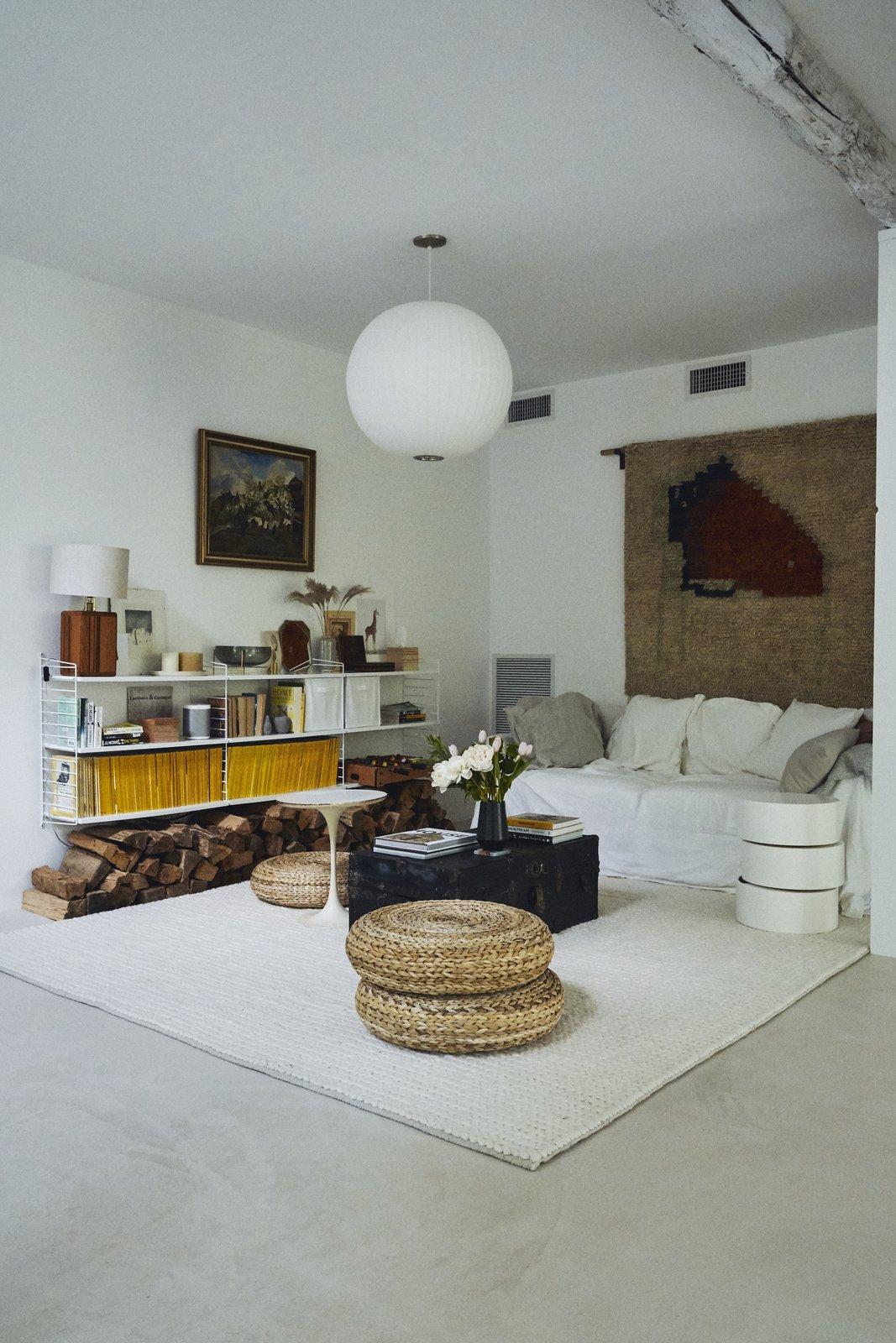 Ravi Raj Clover Hill Residence family room