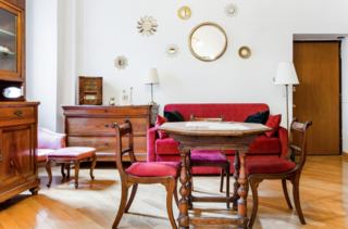 This impeccably decorated apartment brings old-world charm and contemporary decor together in a beautiful marriage of old meets new. Of note: city tax and cleaning fees are not included in the apartment price and must be paid at check-in.