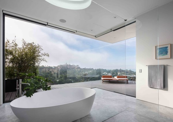 Awe Inspiring Best 60 Modern Bathroom Soaking Tubs Design Photos And Beutiful Home Inspiration Semekurdistantinfo