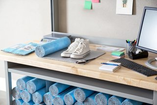 Flex & Seal is ideal for smaller items under 3 pounds—like books, accessories, and clothing.