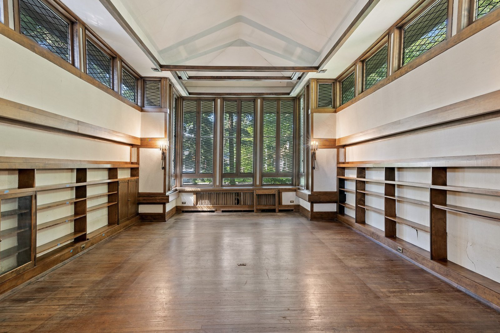 Frank J. Baker House Frank Lloyd Wright living room