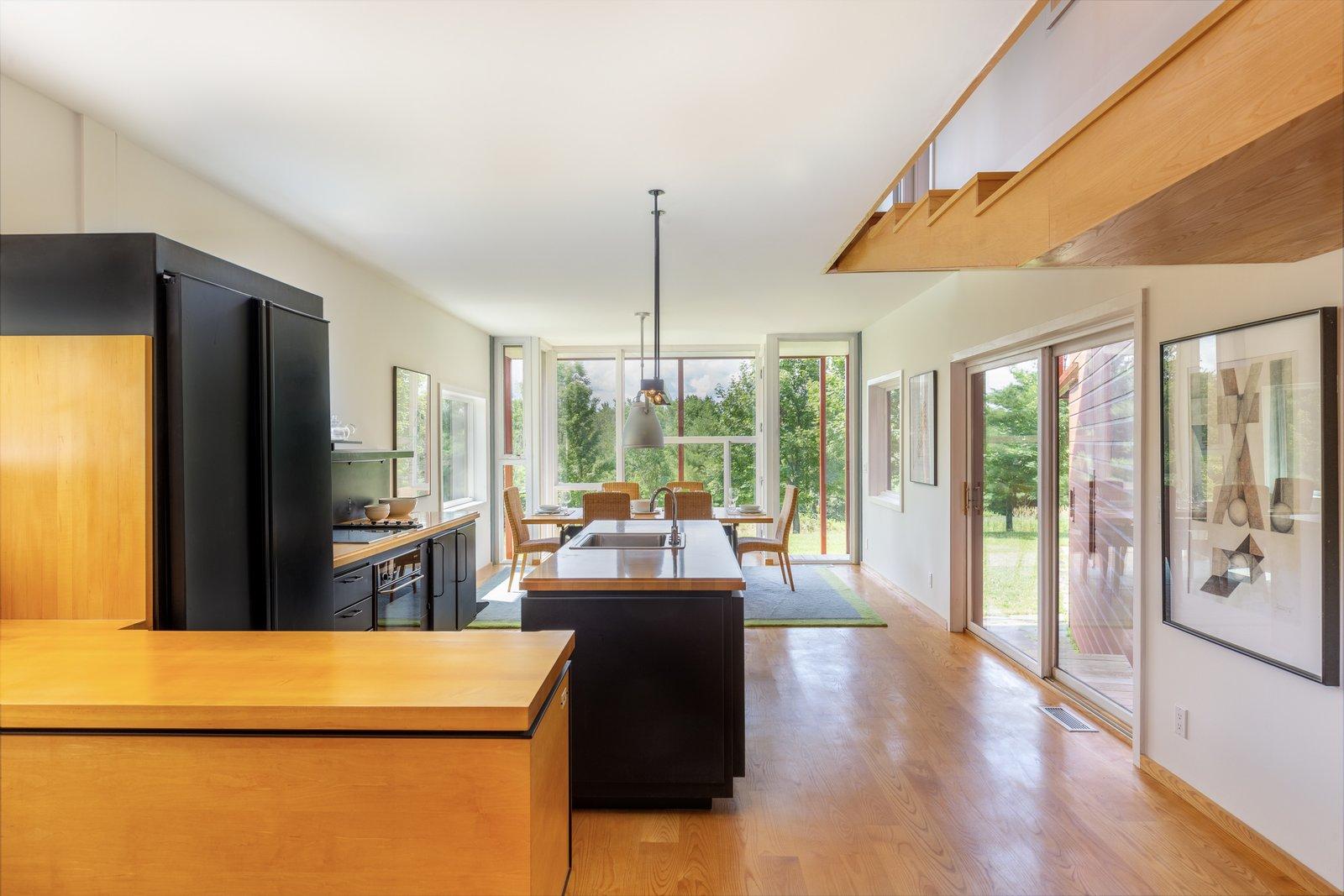 Y House kitchen