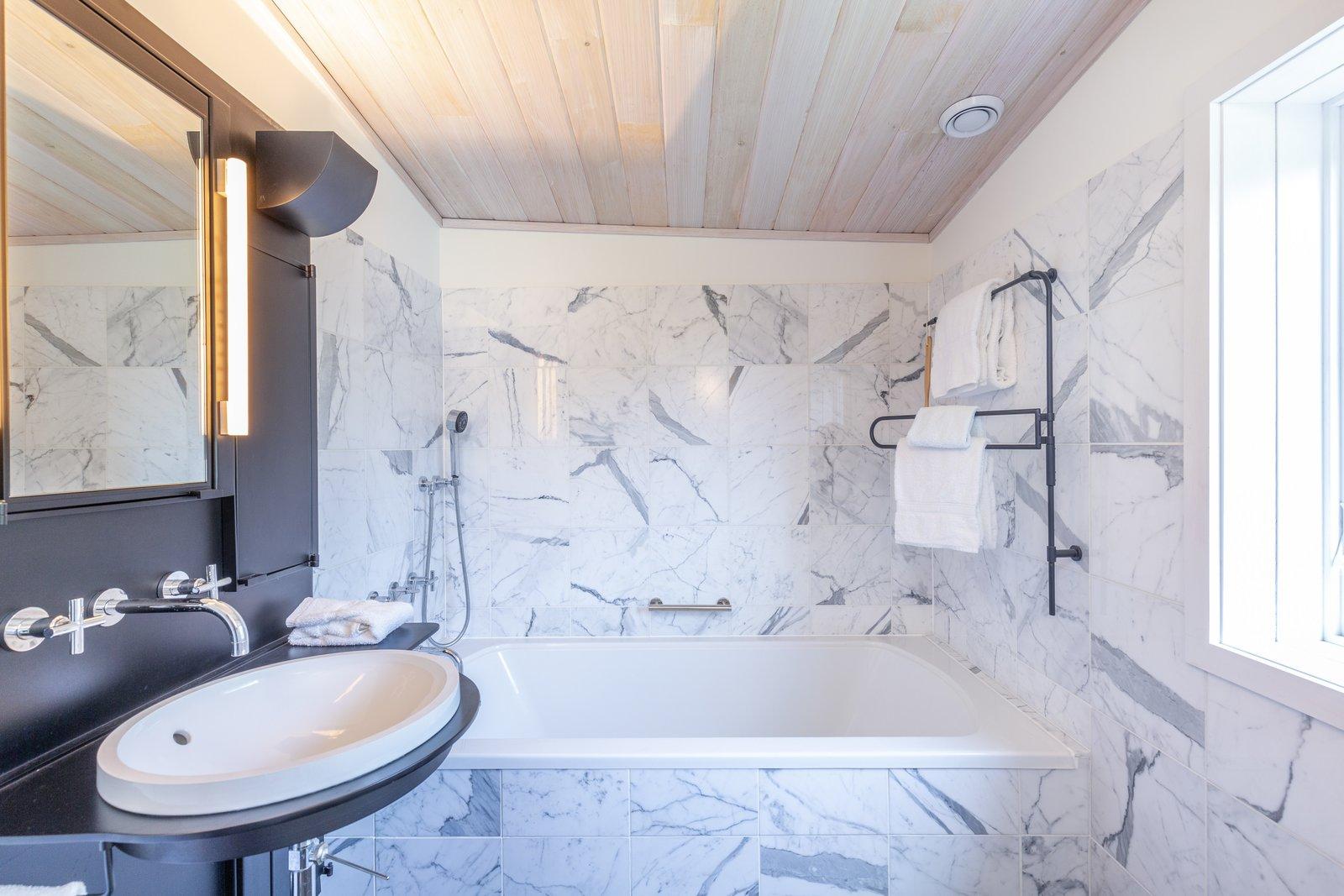 Y House bathroom