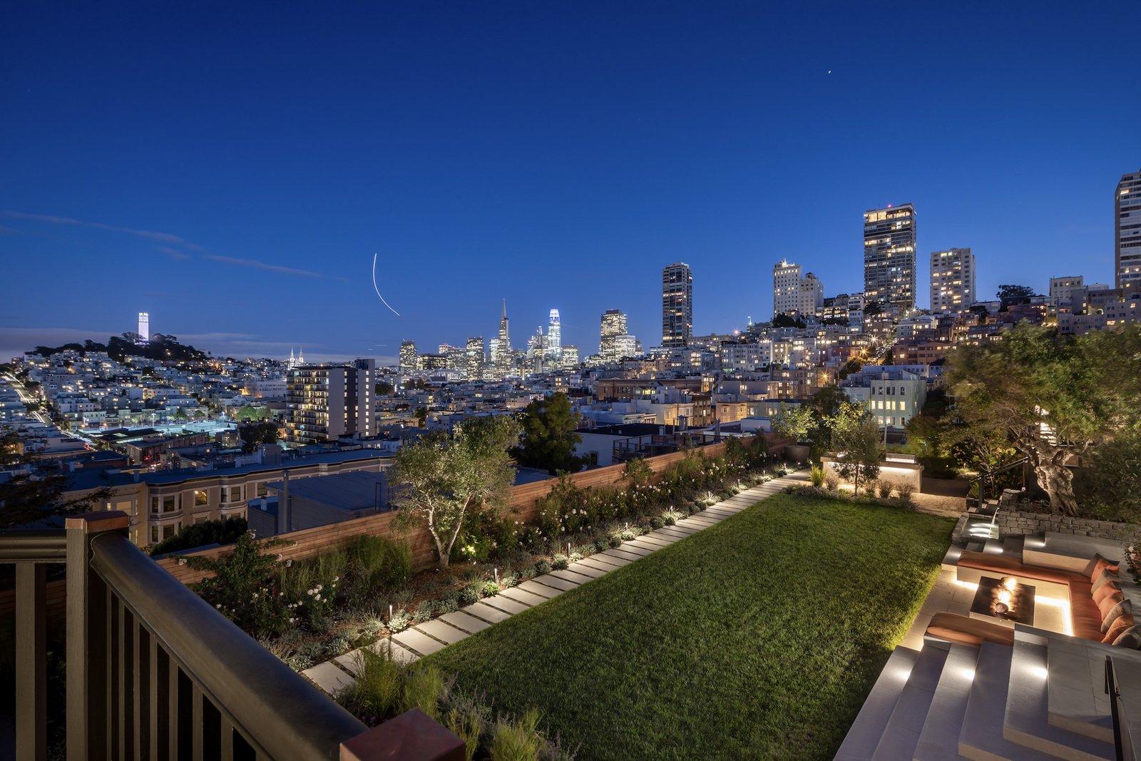 950 Lombard Street San Francisco backyard