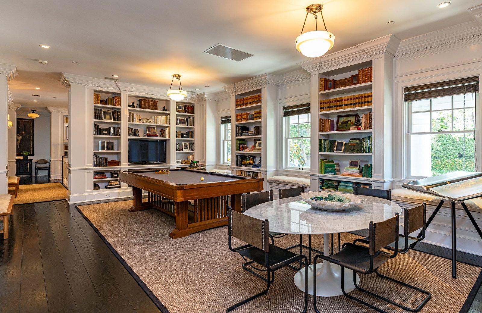 Oakview Estate Don Nulty David Cho living room