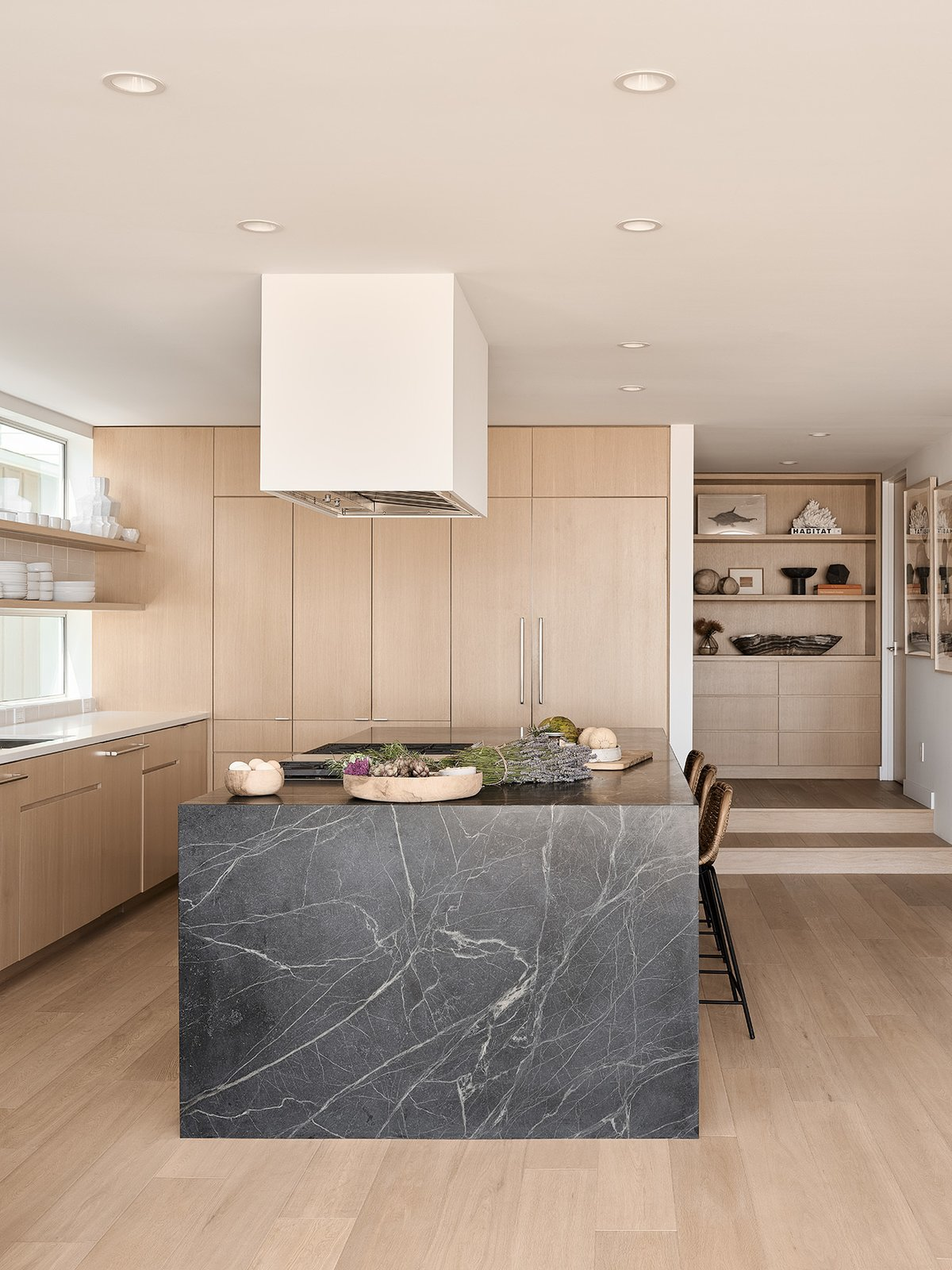 Oxnard-Beach-House-Montalba-Architects