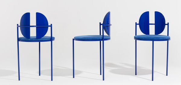 The Qoticher Dining Chairs from Collection 1 by Ángel Mombiedro.