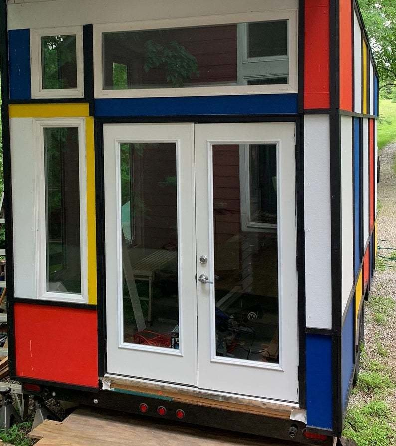 Mondrian Tiny House MonDreamOn
