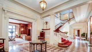 """The Mansion Where """"Little Women"""" Was Filmed Is Listed for $3.25M"""