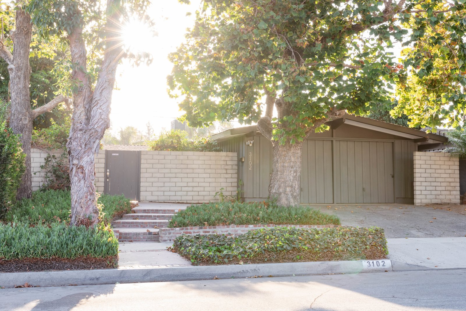 Cliff May Rancho Estates Restoration exterior
