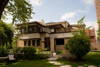 """Inside Frank Lloyd Wright's """"$10,000 Home"""" in Chicago"""