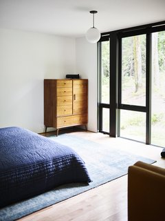 A peek into one of the bedrooms.