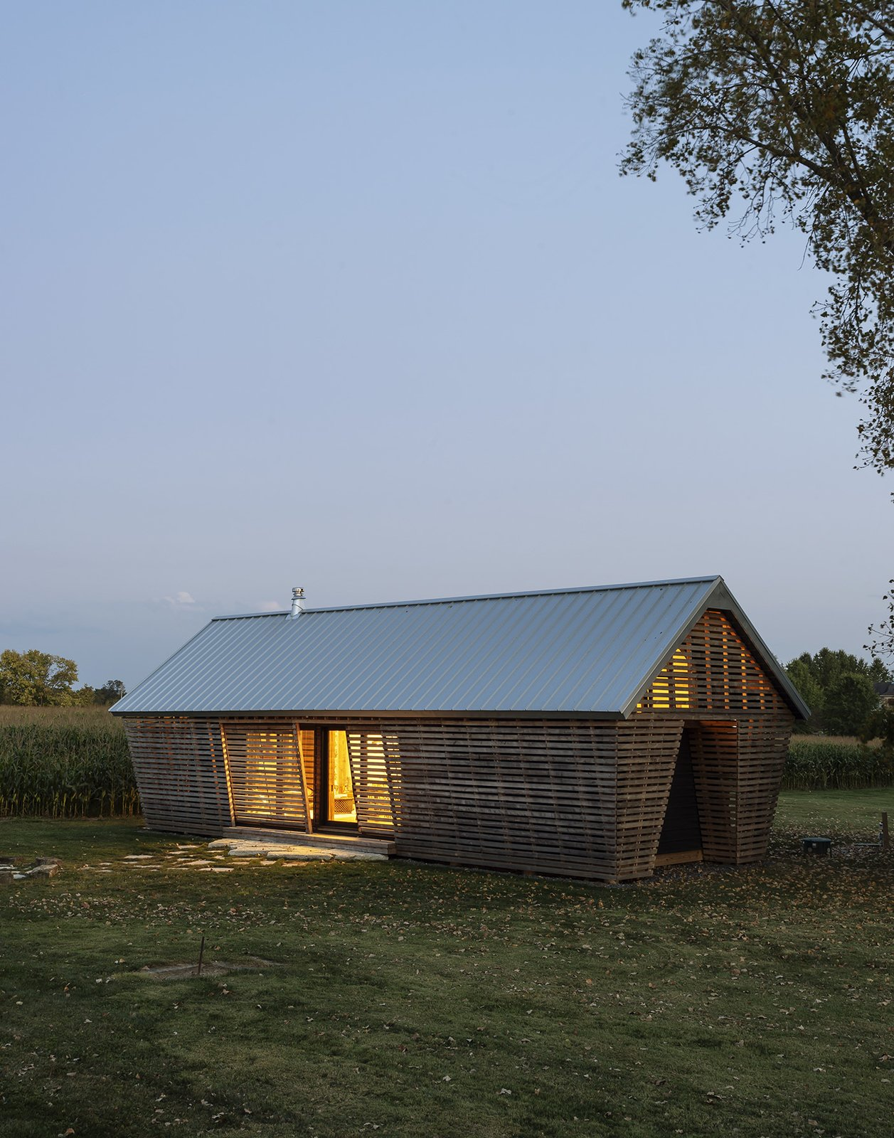 Corn Crib Guesthouse-Implement