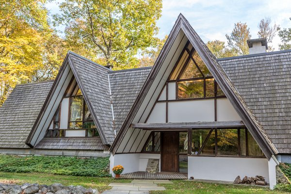 Located about 45 minutes from Hartford, Connecticut, and two hours north of New York City, the property's rural location offers ample privacy and solitude.