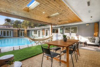 Actors Lily Rabe and Hamish Linklater Bid Adieu to Their Chic L.A. Midcentury for $2.4M