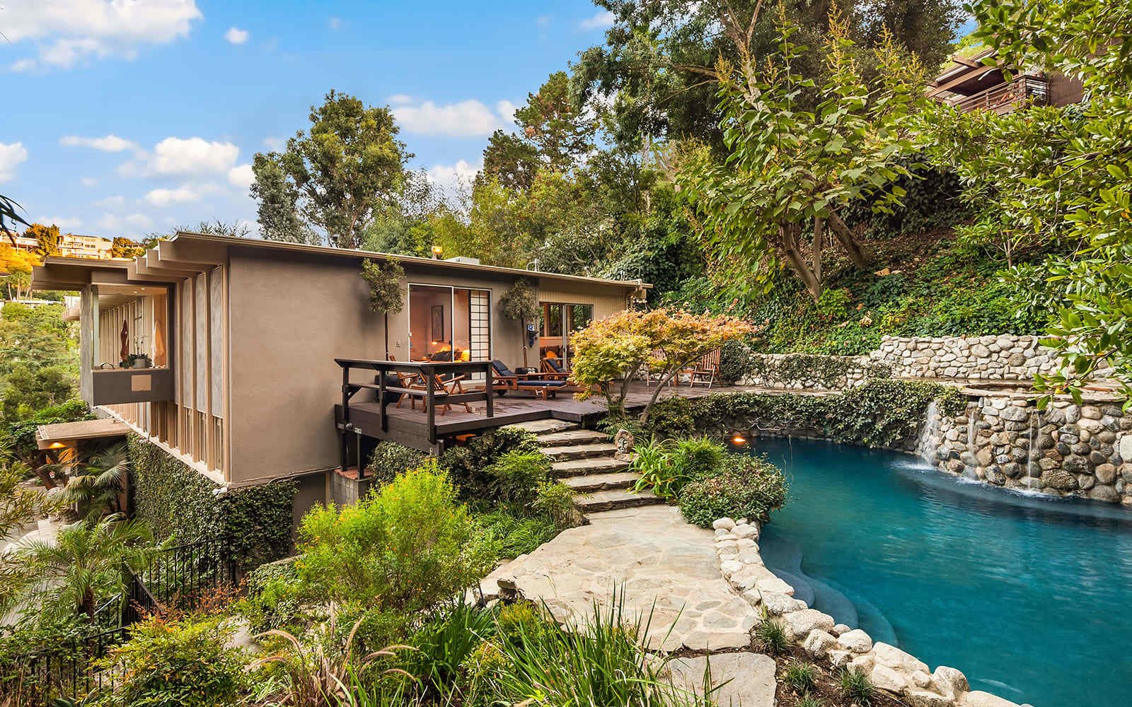 Midcentury House by Vernon F. Duckett pool