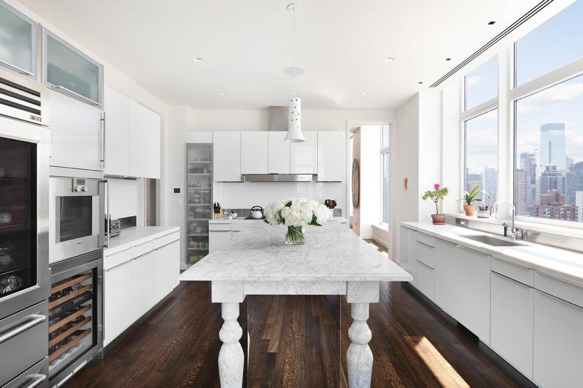 Jennifer Lawrence Manhattan real estate kitchen
