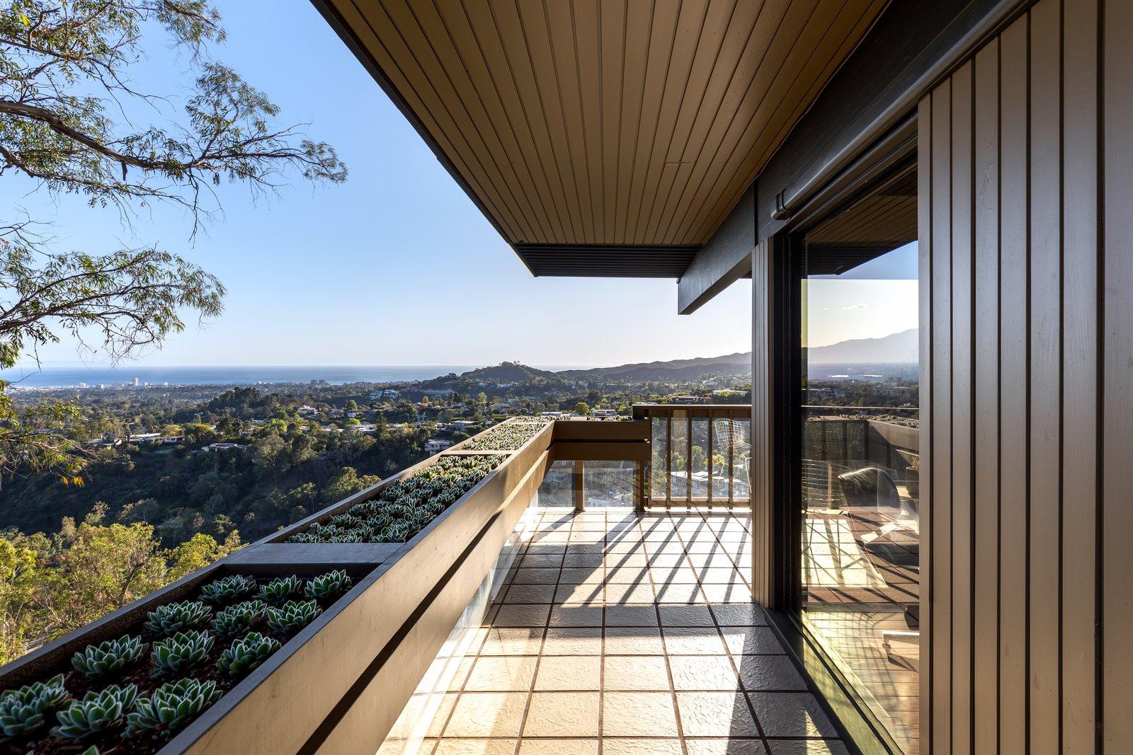 Franks House balcony