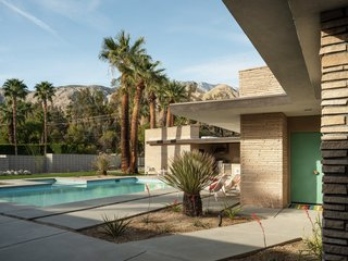 You'd Never Guess This Swanky Midcentury Came Close to Being Demolished