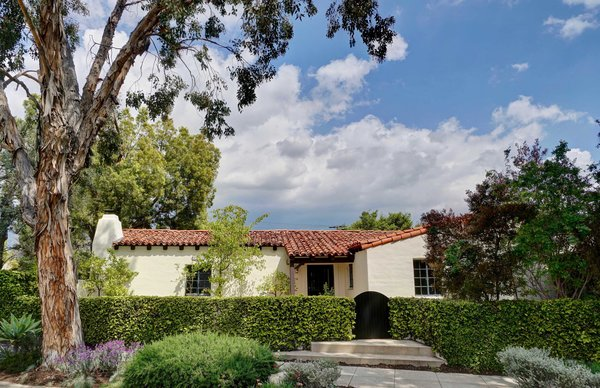 Frederick Ruppel was a local builder and artisan who helped restore the historic landmark Mission San Juan Capistrano. Ruppel originally built this one-level residence for his mother and later moved into the dwelling with his wife.