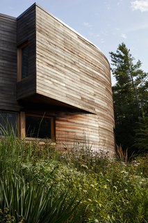 Best 60 Modern Exterior Curved Roofline Design Photos And Ideas Dwell