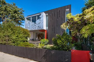 This House With Larger-Than-Life California Poppies on Its Facade Just Hit the Market for $3.4M