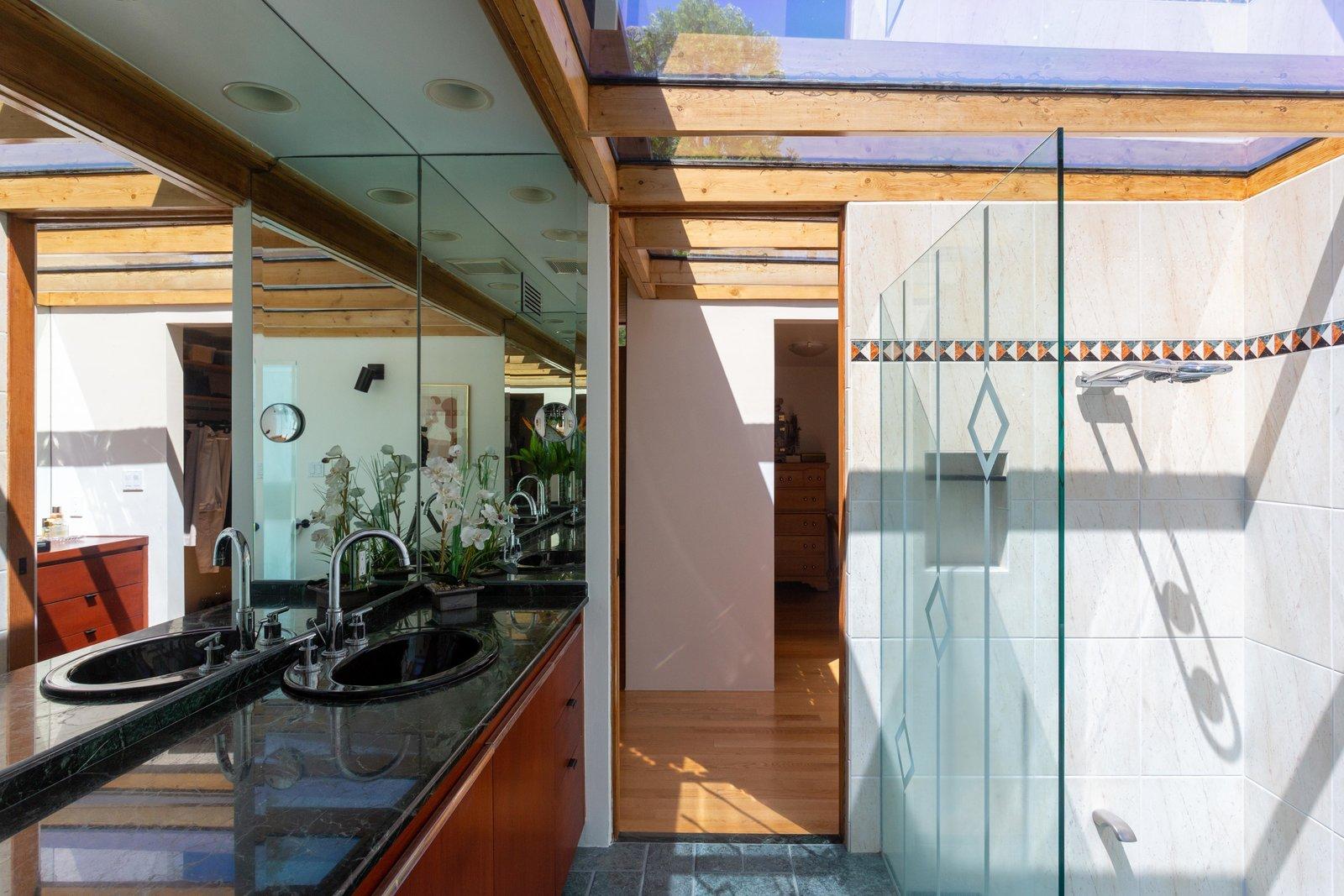 Meyer Residence master bathroom