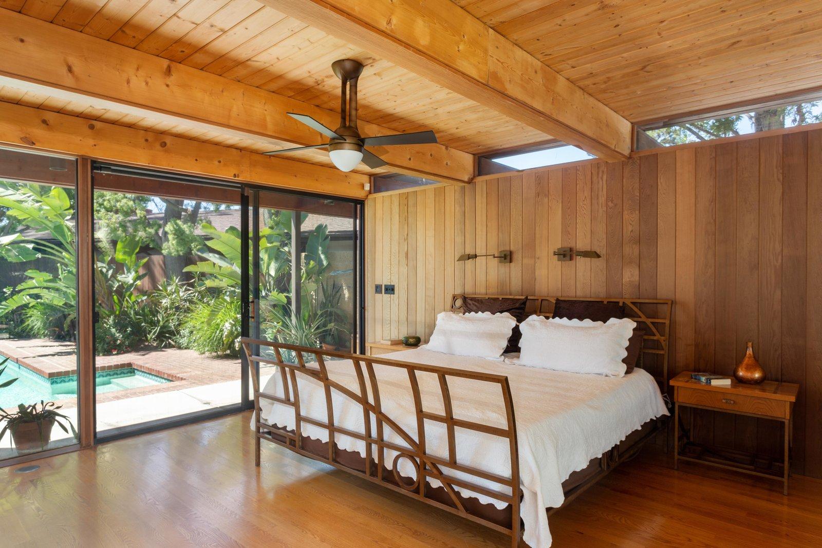 Meyer Residence bedroom