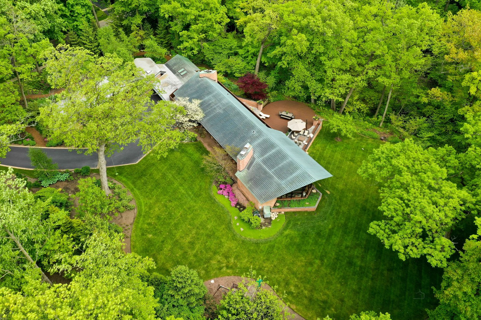 Charles F. Glore House roof