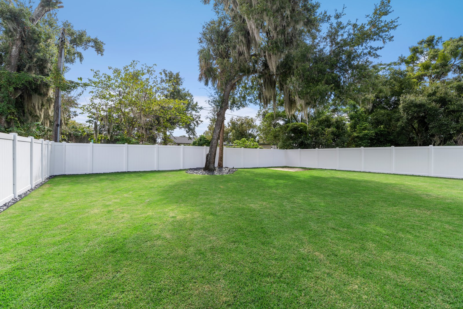 Renovated 1952 Winter Park home outdoor