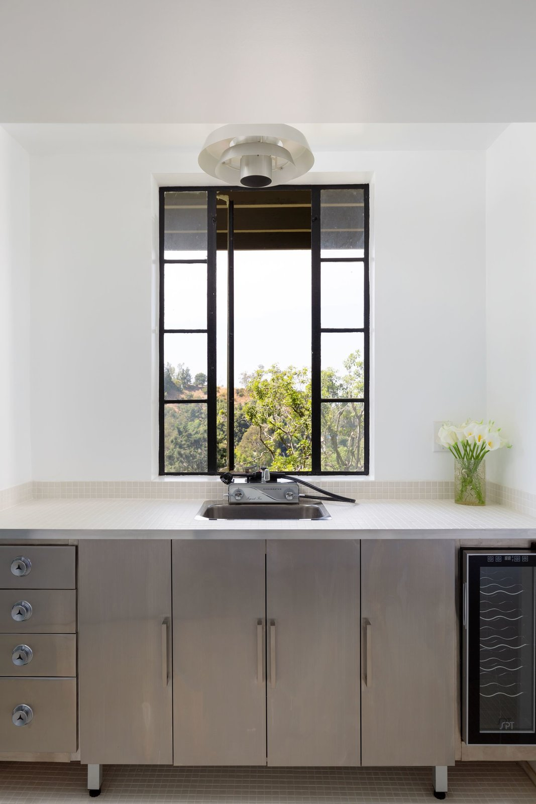 Laurel Canyon midcentury Los Angeles real estate kitchen