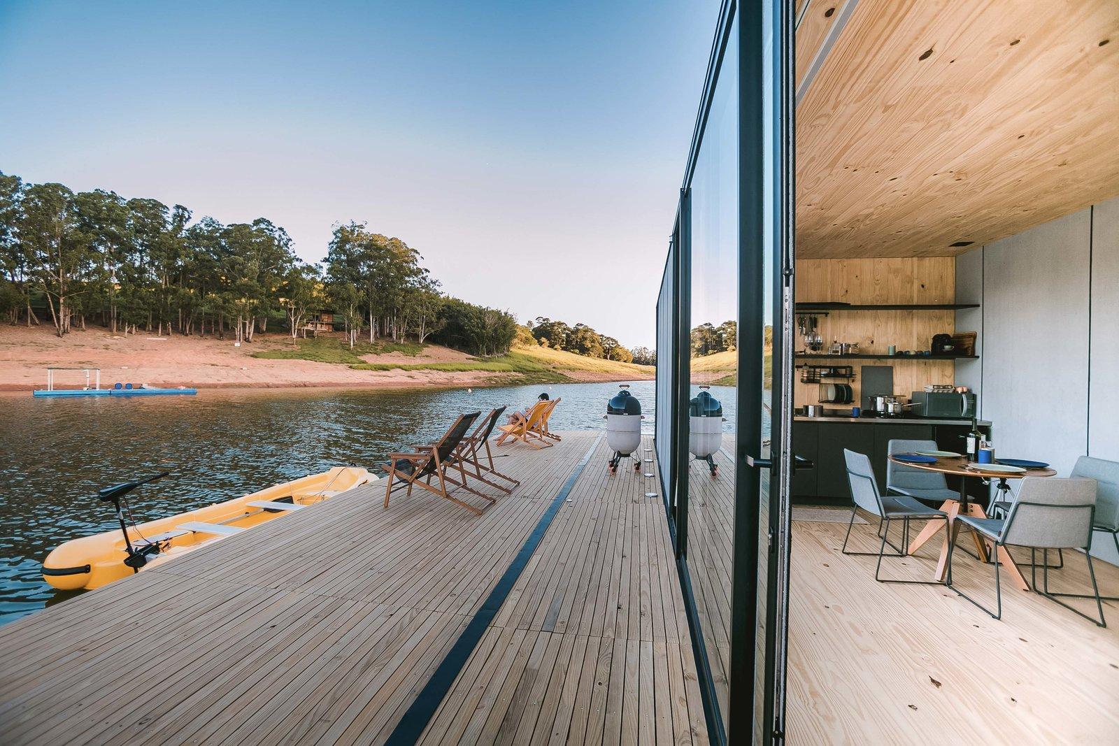 WaterlilliHaus deck